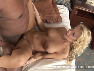 DOCEAN Hotwife Barbi Sinclair sneaks out for BBC fucking