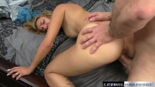 Teen Sophia wants her stepbrother to make her pussy squirt Of closeup
