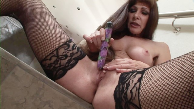 Black Silk Stockings Vulva Masturbation