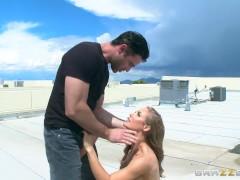 Brazzers – Nicole Aniston loves ridding dick