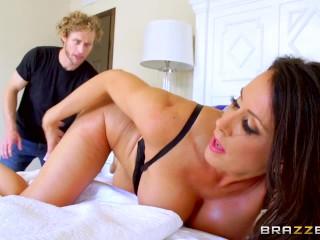 Brazzers - Reagan Foxx needs two dicks