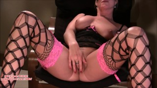 Preview 2 of Guy watches hot MILF finger & squirt b4 porno shoot (faffef)
