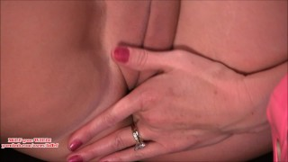 Preview 6 of Guy watches hot MILF finger & squirt b4 porno shoot (faffef)