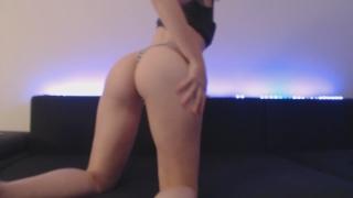 Twerking in my tight dress