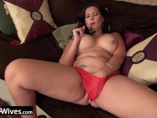 Cute Nip Slip Curvy Wife From Usa In Red Panties Rubbing Clit, Big Tits Masturbation
