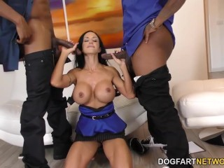 Jewels Jade is Ready For Anal Sex and DP With BBC