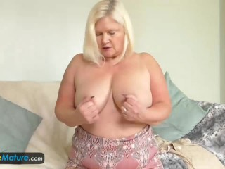 EuropeMaturE BBW Lacey Solo Masturbation