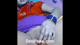 Indian Aunty Masturbation Fucking Her Juicy Pussy With Fingers