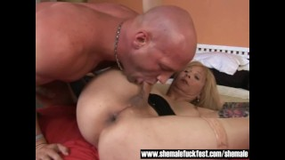 Older Tranny gets her asshole rammed by a Stud - Shemale Fuck Fest