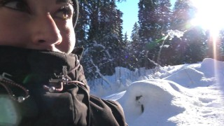 Teen Public Flash in Snowboard In Mountain - Flash A La Neige VicAlouqua porno