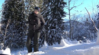 Teen Public Flash in Snowboard In Mountain - Flash A La Neige VicAlouqua Homemade erotic