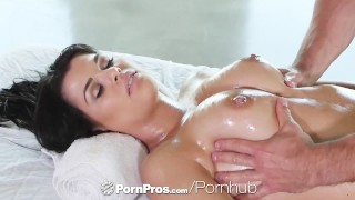PornPros - Lovely Gracie Dai gets a rub down massage with side of dick Sensual couple