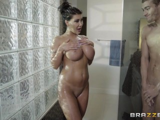 Mom S Pussy Flash Movie August Taylor gets pounded in the shower - Brazzers