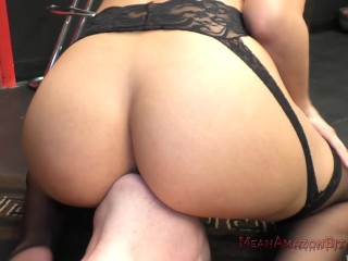 Milf bar pickup porn videos