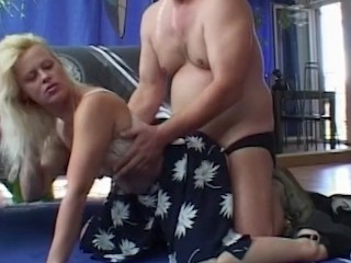Blonde Sexy MILF On A First Date Hard Fuck