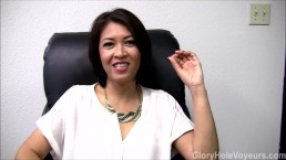 Aziatische milf gloryhole interview pijpbeurt