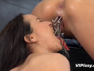 Dildo play for piss soaked European babes