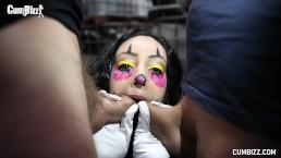 Cumbizz Nederlandse Tiener Bukakke Facial pijpneuken KillerClown Halloween Sexpartij