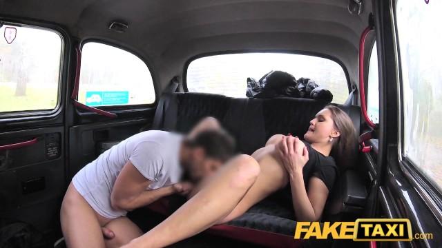 porno-taksi-na-russkom-yazike-drochka-chlena-v-nemetskom-gospitale