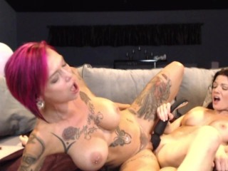 Pussy Licking Cam Show With Lynn Vega