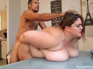 Ssbbw Erin Green Bosses Her Employee Around