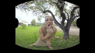 Latina Honey Sara May Demonstrates Her Sexual Abilities In VR