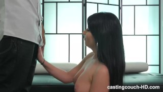 Real Deal Amateur Struggles Pleasing A BBC, Her First One