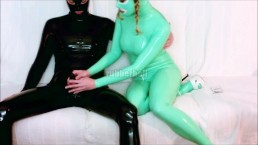 Jade rubberdoll suck hard cock of black latex guy