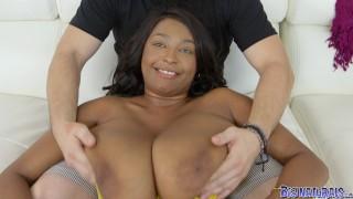 Raxxx racks big naturals on big sex