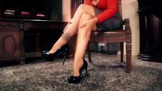 Busty Milf Julia Ann makes Foot Boy Lick Her Feet! Small virtual