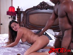 Selma Sinns Gets Her Pussy Stretched