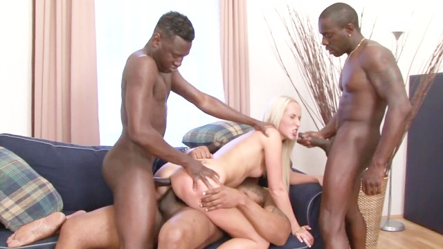 A combat of cocks - Planet gangbang - scene 1