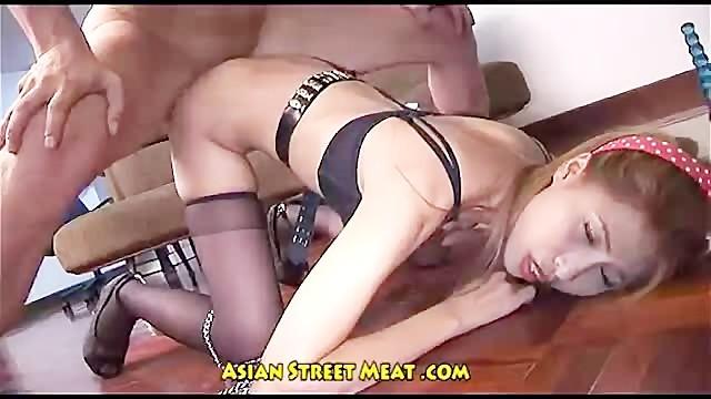 černý lesbický popruh na videu