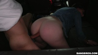 Scarlett's wild ride on the infamous Bang Bus (bb14917)