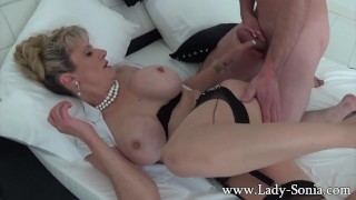 Milf lady boobed a stranger sonia and big giving handjob blowjob to trimmed british