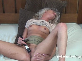 Coed with Big Nipples and Lips Masturbates to Multiple Shaking Orgasms