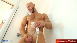 Aymeric A innocent delivery guy serviced his big cock