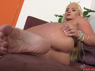 She Wants It All! - Cali Carter