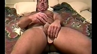 Bears scene cummin jackin  solo close