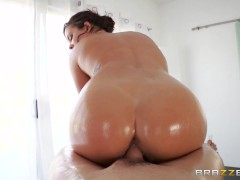 Brazzers - Keisha Grey Gets Oiled Up And Ready To Go
