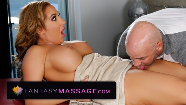 Lick library advanced - Fantasymassage busty milf cant ignore his advances