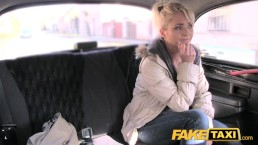 Fake Taxi MILF berijdt tjechische pik voor gratis ritje