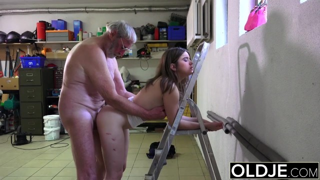Old man fuck young girl oldje - Old man fucks young girl his small cock fucks her mouth and pussy
