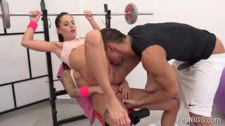 FirstBGG.com - Eveline Dellai and Silvia Dellai- Flexible Twins Bend