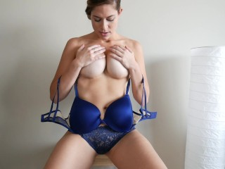 Handjob masturbation massage cumming