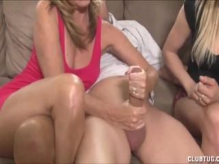 Lesbians eating pussy tube