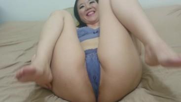 Sakura'chan grips the dick hard with her ass