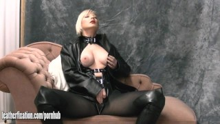 Plays sexy blondes in tease clit horny honey with and leather big tits with lingerie masturbate