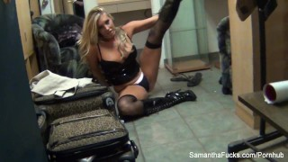 Behind the scenes with blonde pornstar Samantha Saint