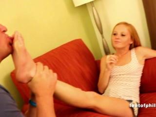 Alyssa Hart Feet worshp